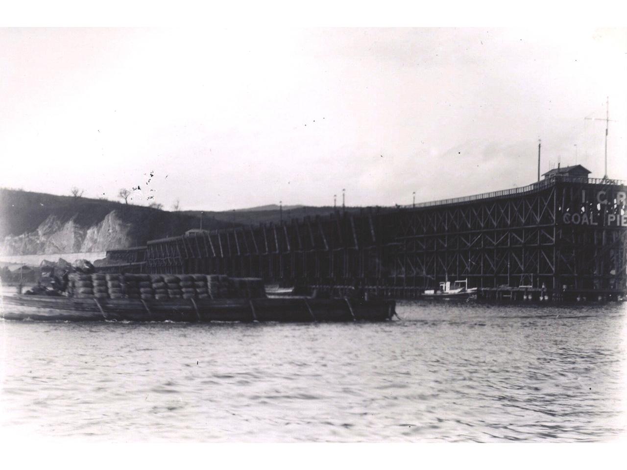 画像:小樽の港湾(1)