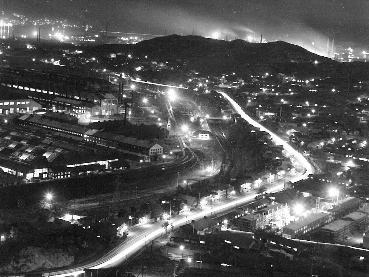 画像:工場景観と企業城下町のまちなみ(10)