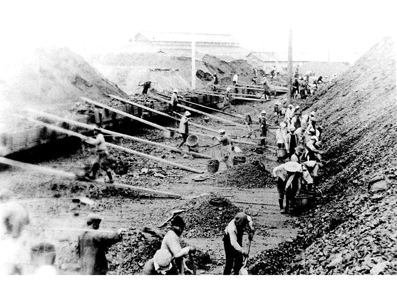 画像:室蘭と石炭(2)