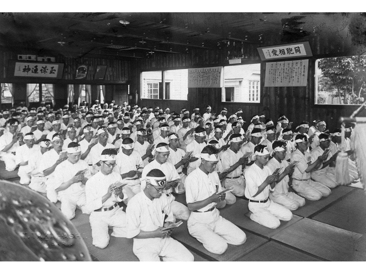 画像:北海道炭礦汽船の歴史