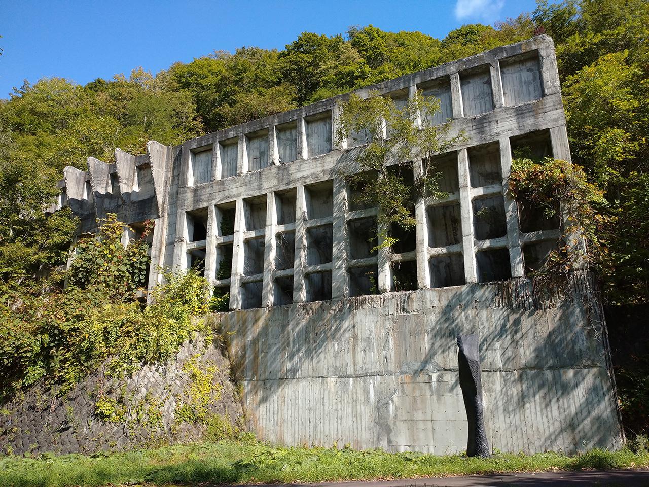 画像:三菱美唄炭鉱竪坑櫓(3)