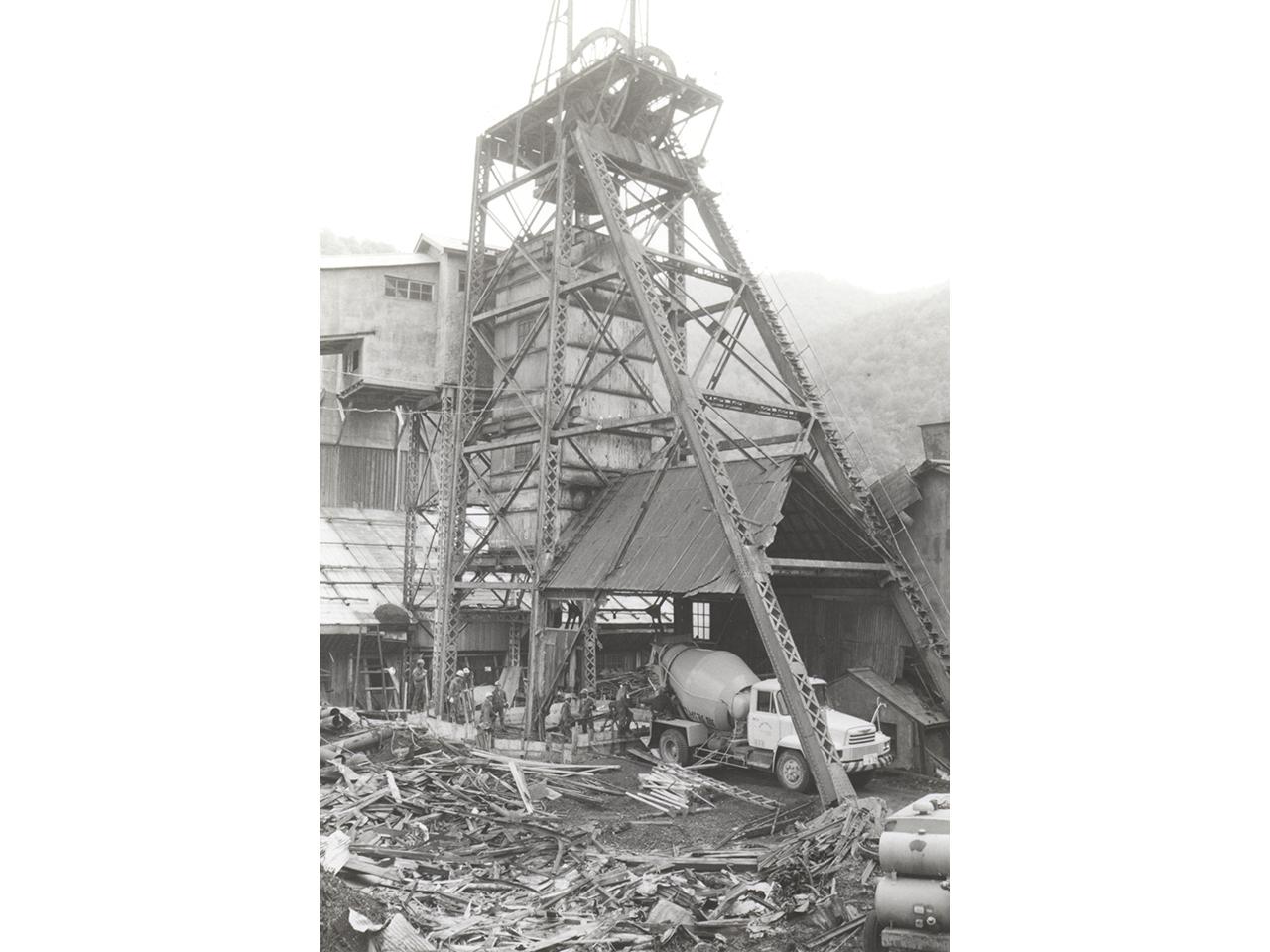 画像:三菱美唄炭鉱竪坑櫓(6)