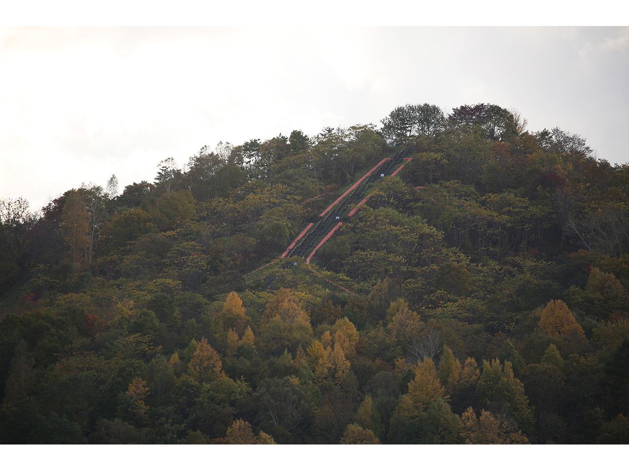 画像:北炭赤間炭鉱ズリ山(1)